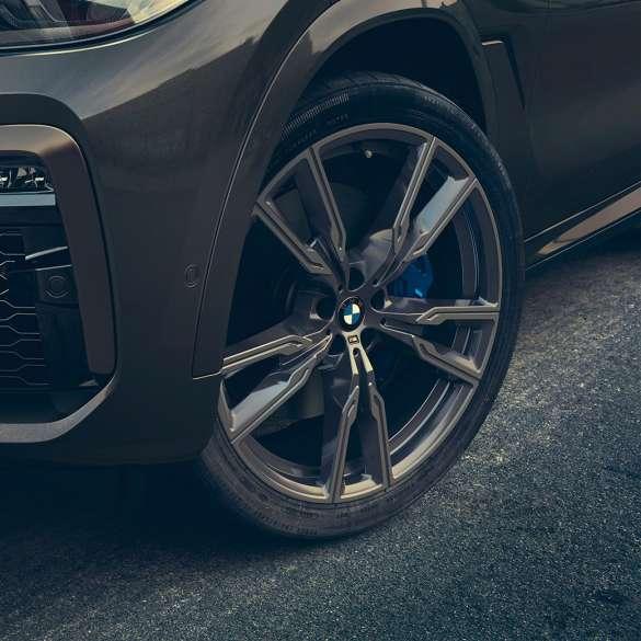 2019 Bmw X6: BMW X6: Pure Dominance