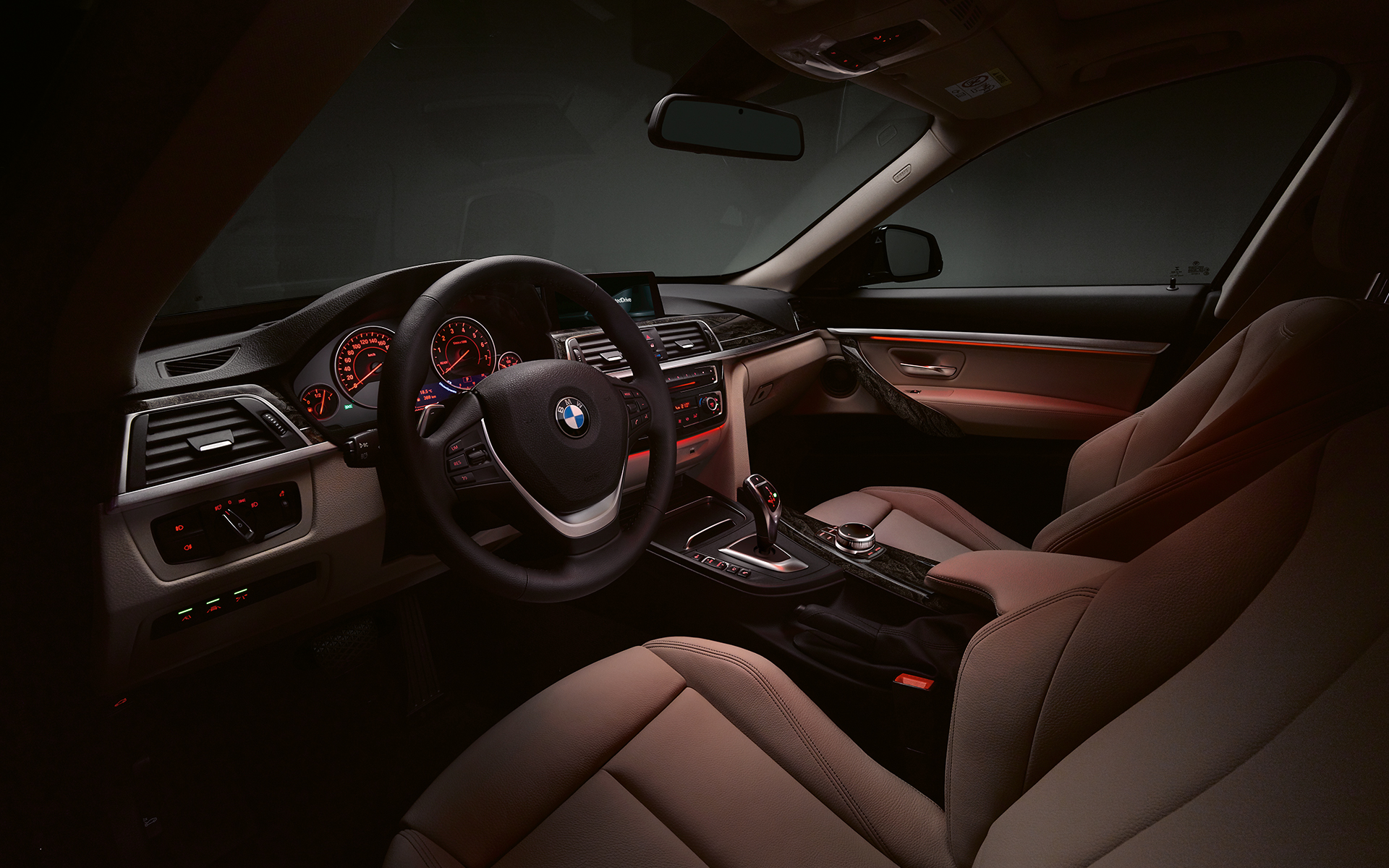 BMW 3 Series Gran Turismo - front seats and dashboard.