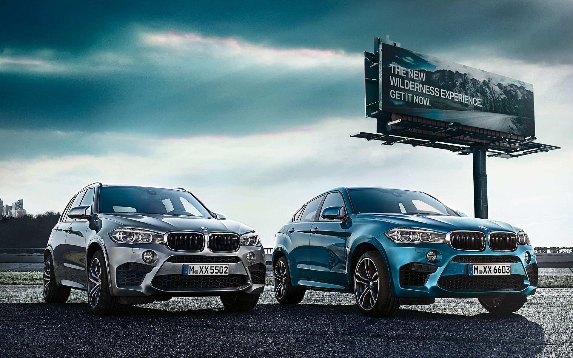 BMW X6 M and X5 M - Front View