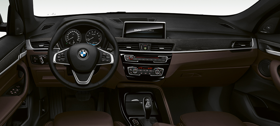 bmw x1 gammes et quipements bmw canada. Black Bedroom Furniture Sets. Home Design Ideas