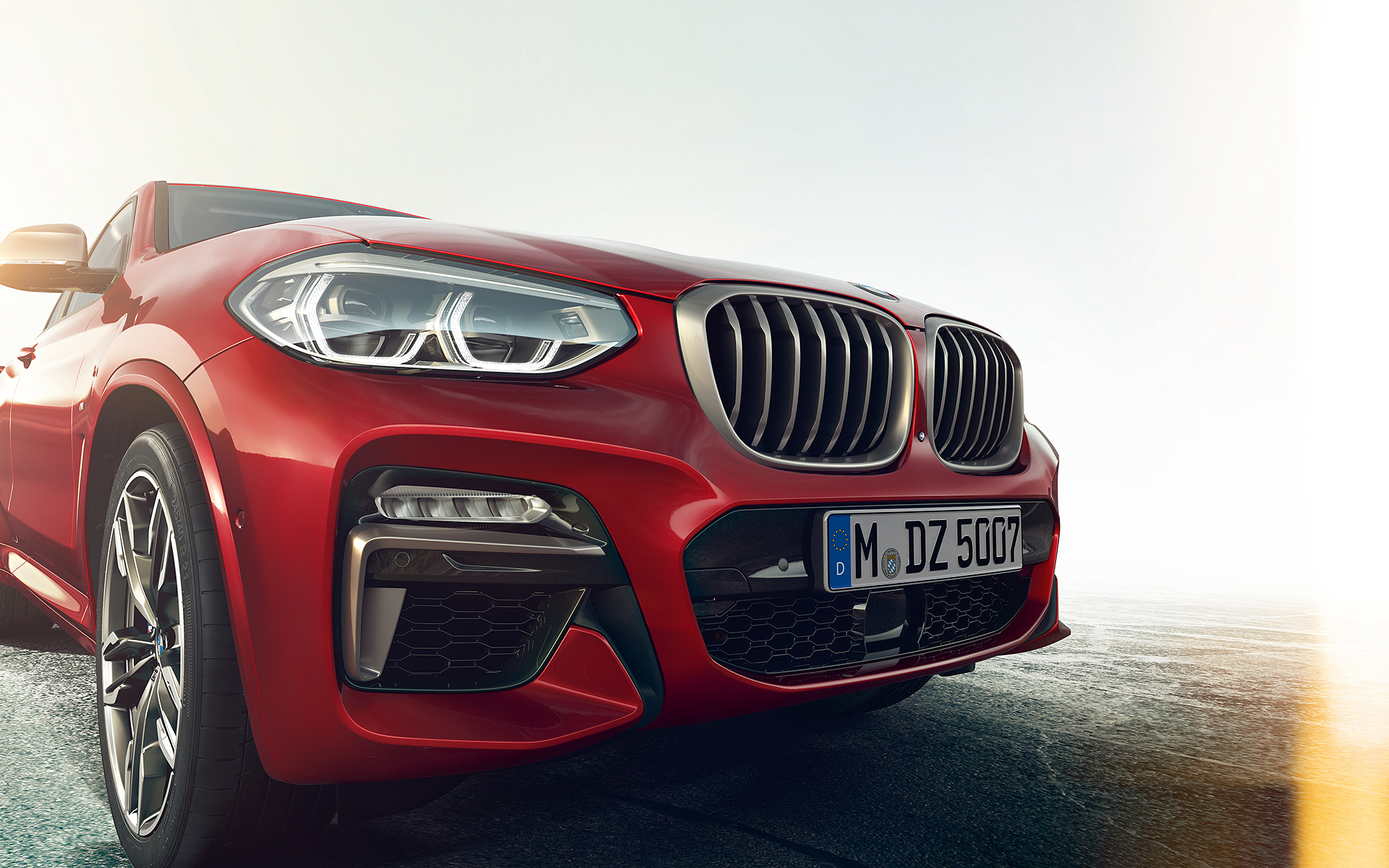 BMW X Series X4: headlights and grilles front zoom-up.